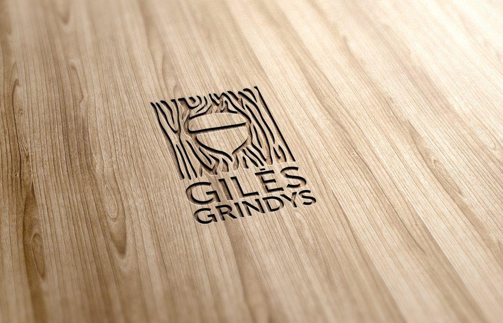 giles-grindys-lt